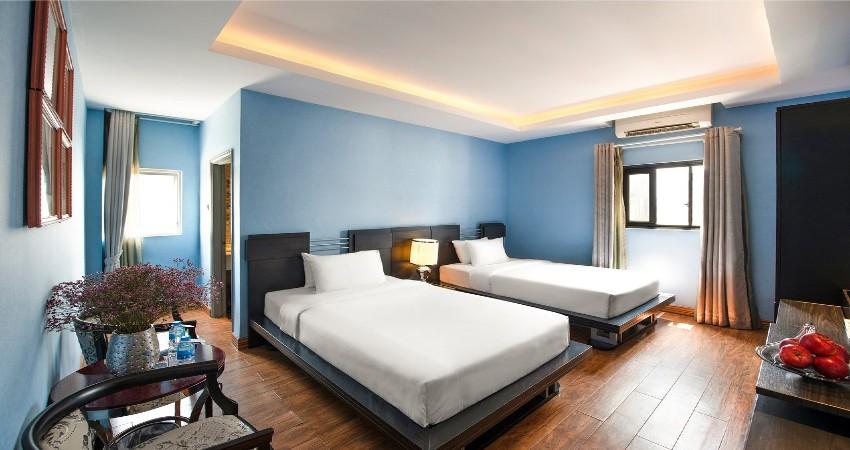 giường đôi Khách sạn A&Em Lý Tự Trọng