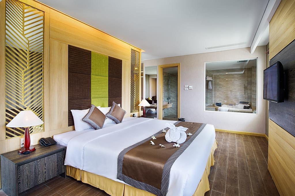 Phòng deluxe Khách sạn Mường Thanh Mũi Né